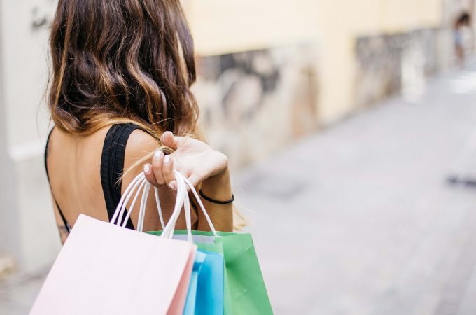 Ways To Save Money While Out Shopping